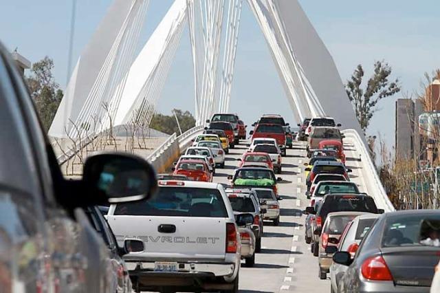 Los problemas de movilidad no se resolverán apostándole al automovil, afirman en foro | La Jornada Jalisco